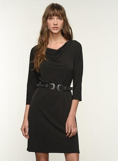 NGSTYLE Ngkss21El0007 Degaje Yakalı Elbise Siyah